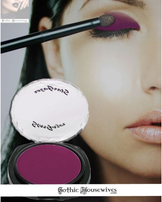 rich-plum-eyeshadows Gothic Housewives
